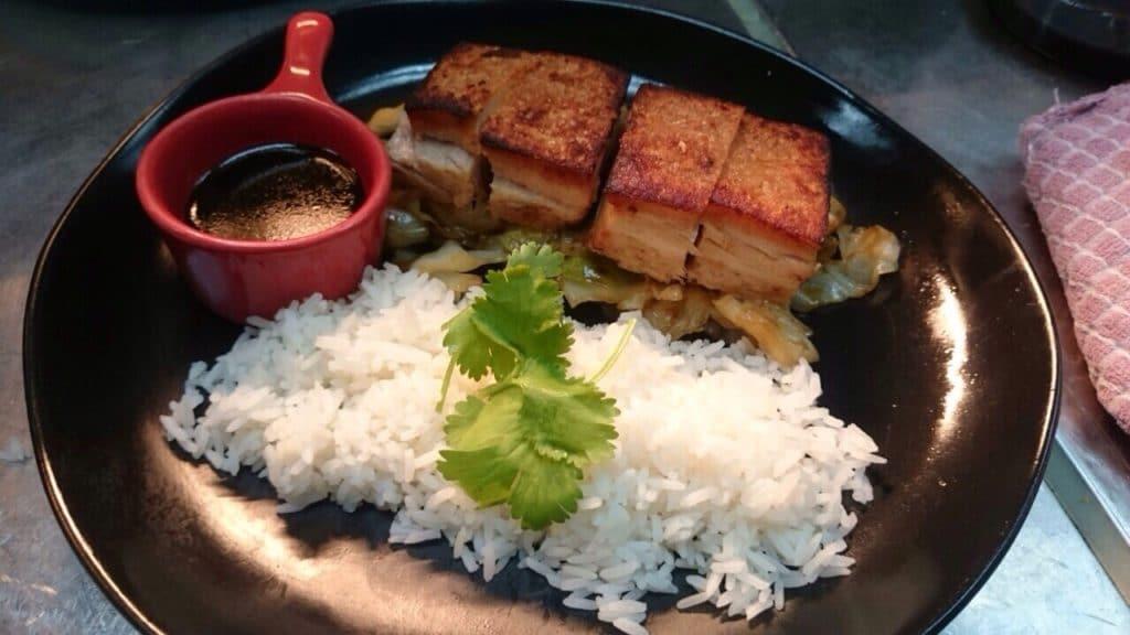 Typische_Küche_Philippinen_Adobo