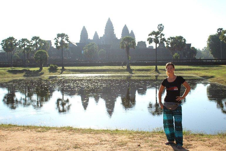 Barbara vor Angkor Wat