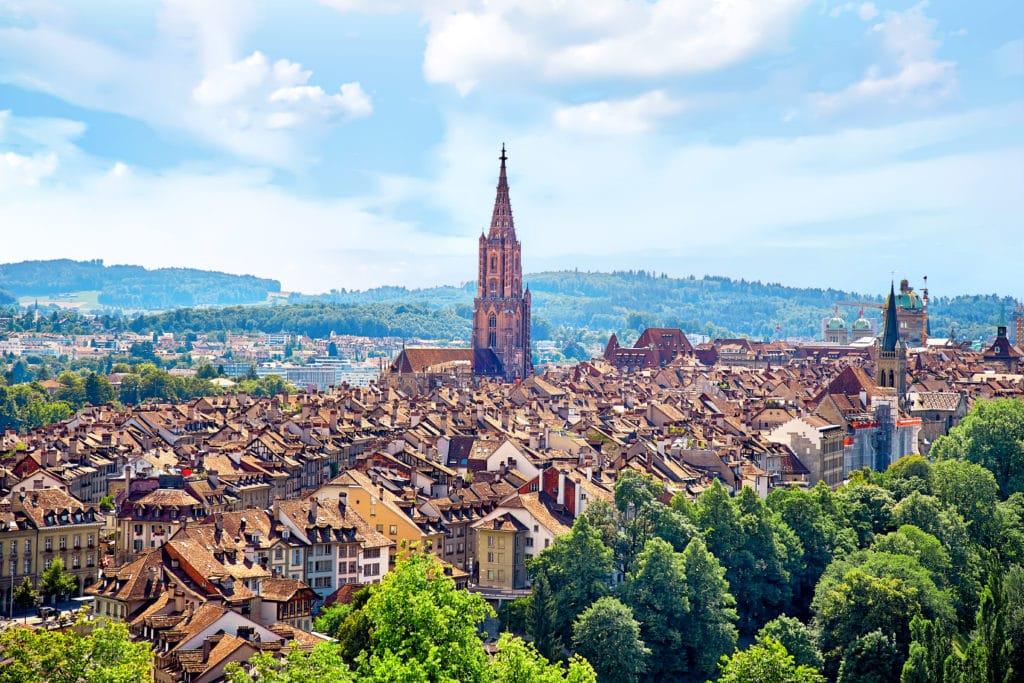 Die Schweiz – mehr als Käse, Uhren und Pralinen