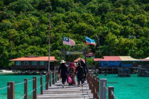 Einreise in Borneo