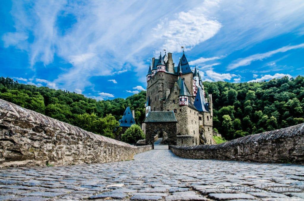 Burg Eltz, Burg in Deutschland