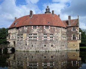 Burg Vischering Seite