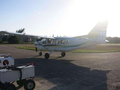 Flugzeug auf Caye Caulker