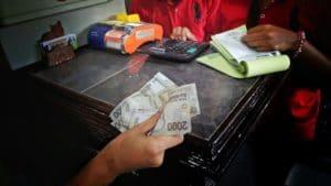 Rupiah (IDR)_Indonsien
