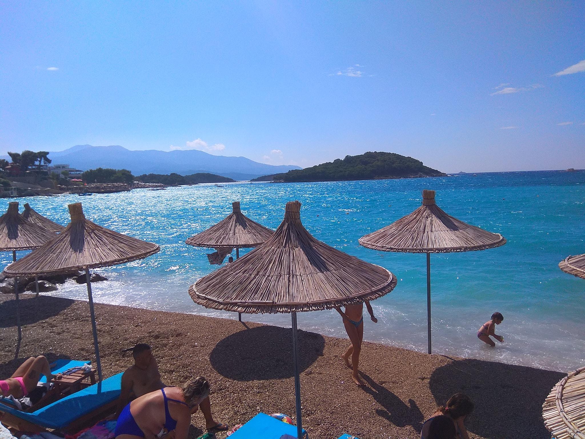 Albanischer Strand in Ksamil