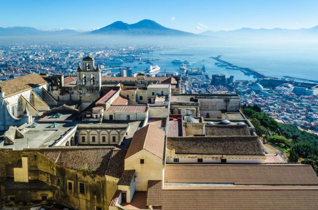 Neapal, Backpacking in Italien