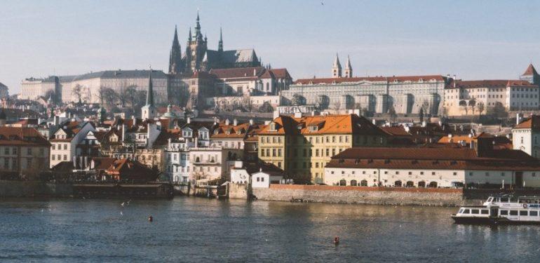 """Prag: Die""""Goldene Stadt"""" an der Moldau für Backpacker"""