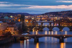 Prag bei der Nacht