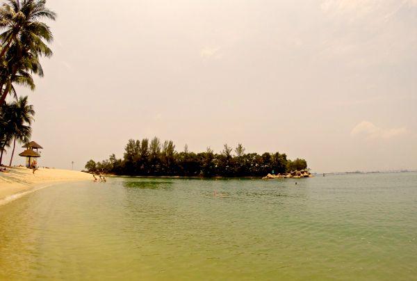 Die aufgeschüttete Insel Sentosa