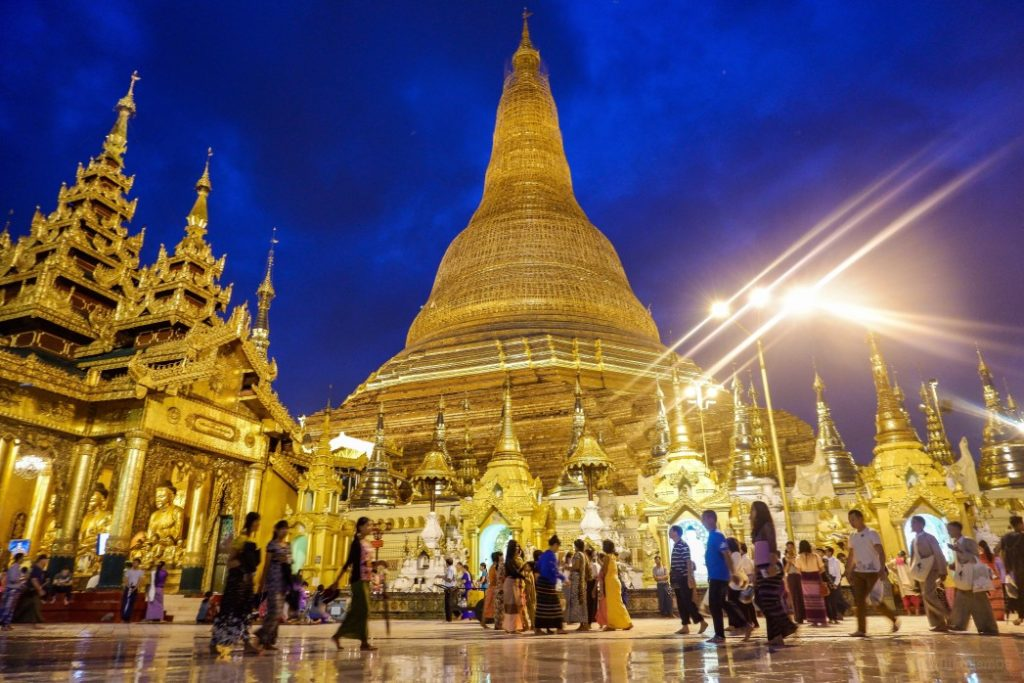 Die Shwedagon-Pagode_Malaysia