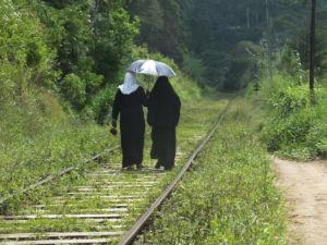 Der Zug – das Verkehrsmittel Nummer Eins in Sri Lanka
