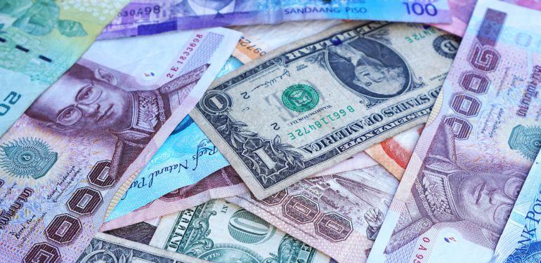 Kreditkarte zum Reisen: Weltweit kostenlos Bargeld abheben