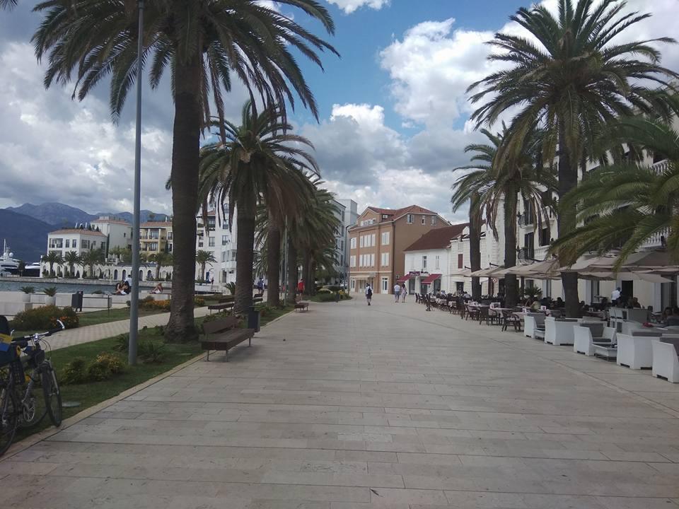 Der Hafen von Tivat, Montenegro