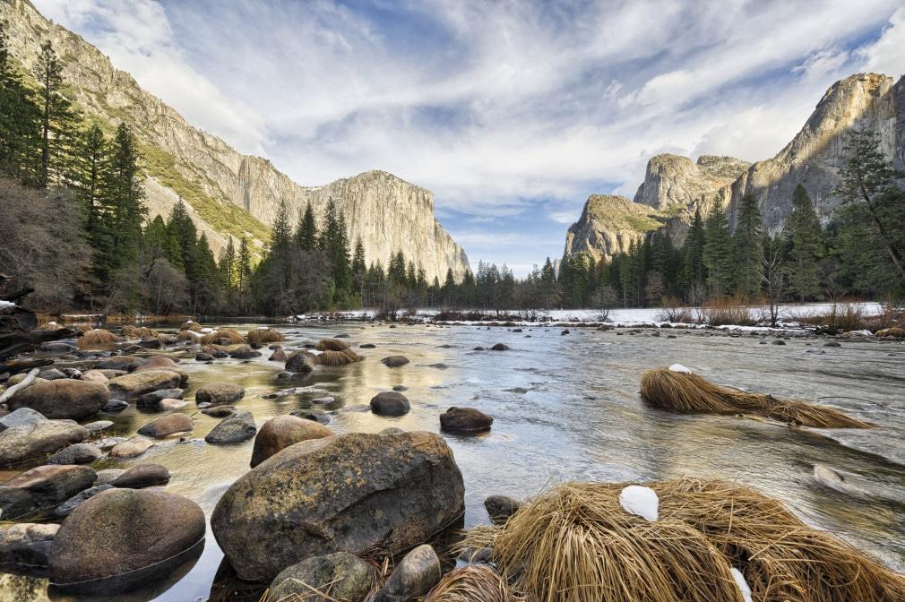 Im Westen des Nationalparks liegt das Yosemite Valley